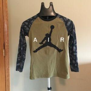 Air Jordan long-sleeve, used, 10-12years
